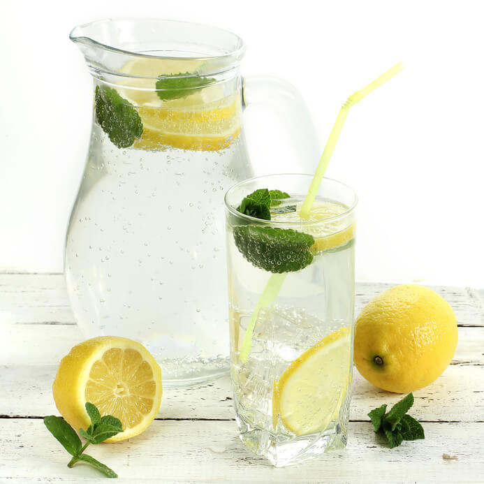 Summer cool lemon drink