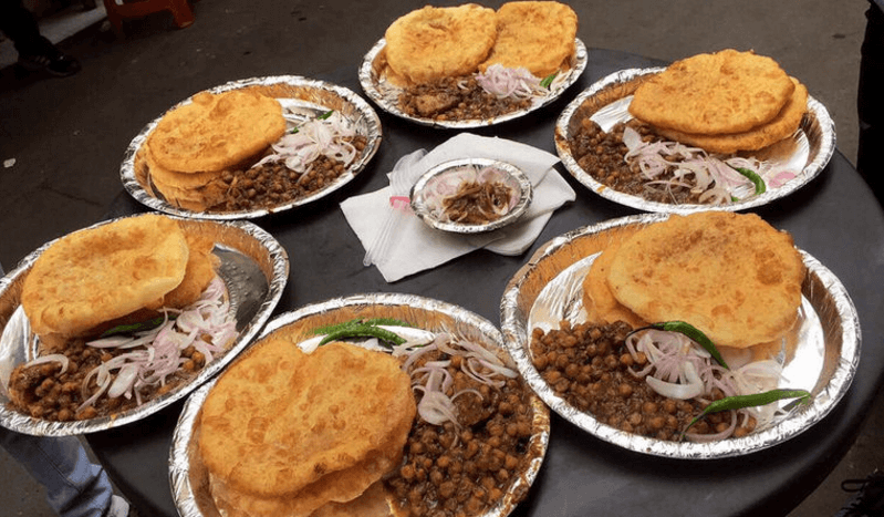 chachey di hatti choley bhature in delhi