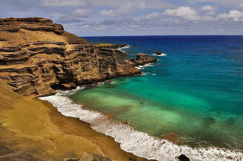 big island green sand beach papakolea
