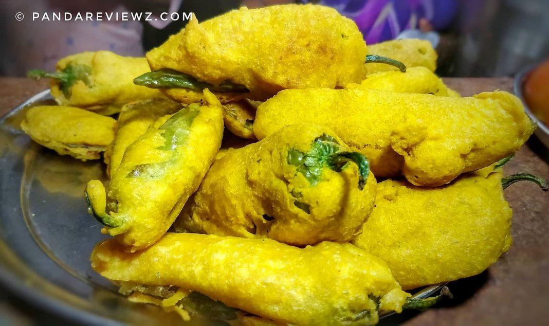 rajasthani snacks mirchi pakoda
