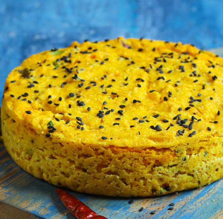 Handvo, gujarati cake