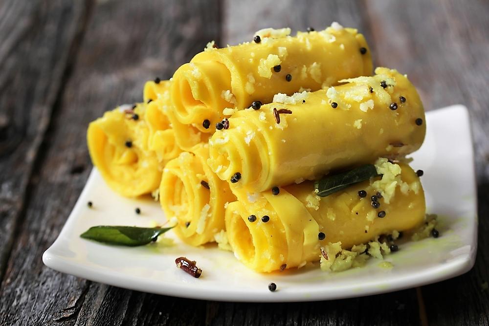 Khandvi gujarati snack
