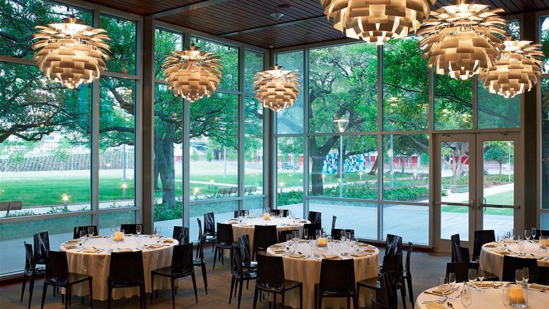 Romantic restaurant in houston the grove