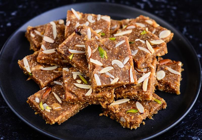 sindhi sweet dish khorak