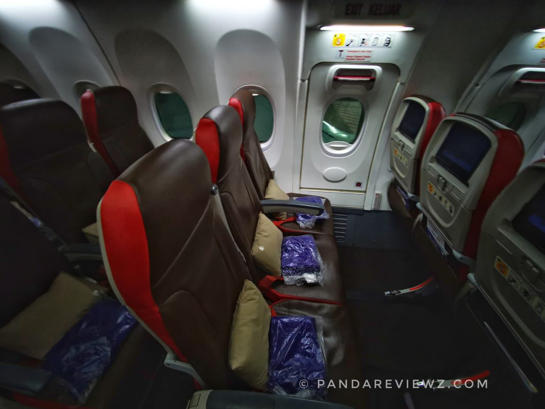 malindo air seats and leg space
