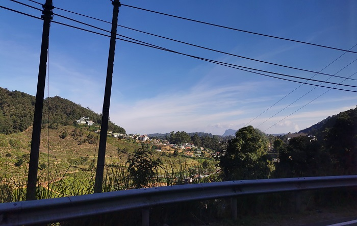Views outside Kandy to ella train